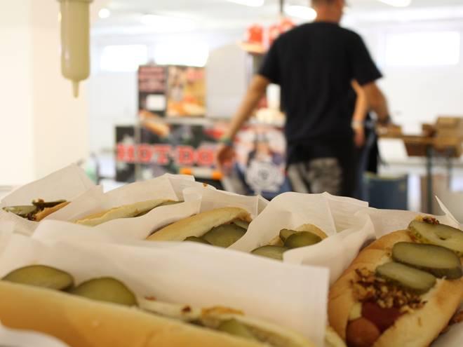 Peters_hotdog3